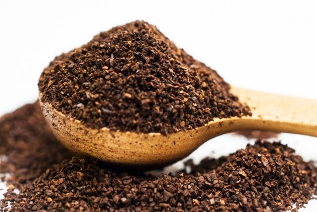 挽いたコーヒーの粉