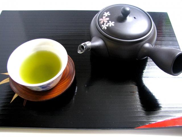 急須と茶碗